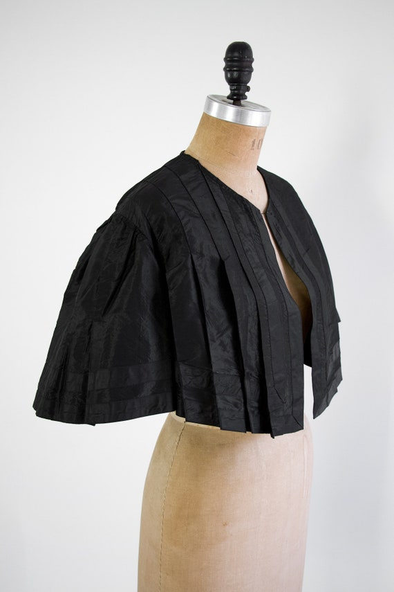 antique victorian capelet with batwing sleeves | … - image 2