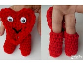 Crochet heart two finger puppet pattern PDF instant download present gift toy MI designer