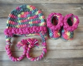Crochet 3-6m baby booties earflap hat set braided pink multi color baby girl present gift baby shower