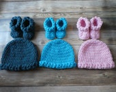 Crochet baby hat bootie set newborn, 0-3m, 3-6m, 6-9m, 9-12m braided pink multi color baby girl present gift baby shower