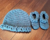Newborn baby hat beanie bootie set gift present handmade MI designer