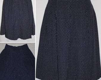 Vintage Maurices Black with White Polka-Dots Front Pleated Skirt/Short Size Medium