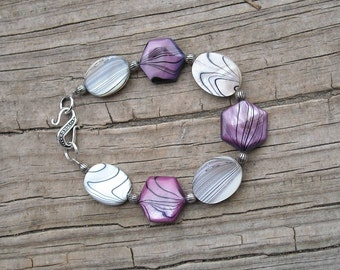 Pinkish-Purple and White Shell Bracelet with S clasp