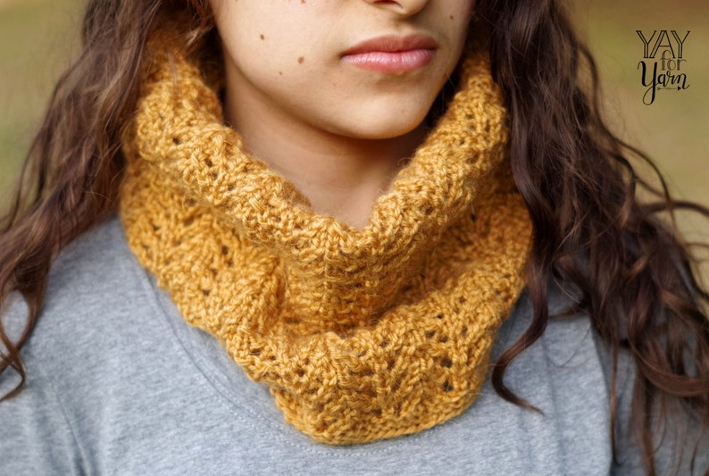 PDF Knitting Pattern Afternoon Stroll Cowl Quick One-Skein ...