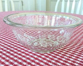 Pyrex Colonial Mist Mixing Bowl * White Lace #322 1 Liter