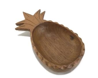 Vintage Carved Pineapple Serving Bowl * Teak Wood Salad Bowl