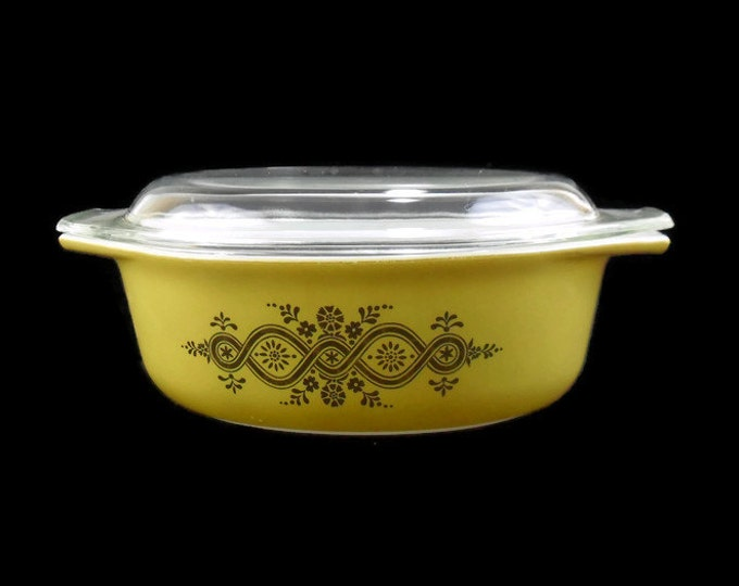 Vintage Pyrex Promotional Oval Decorator Casserole with Lid * 043 *Golden Wreath
