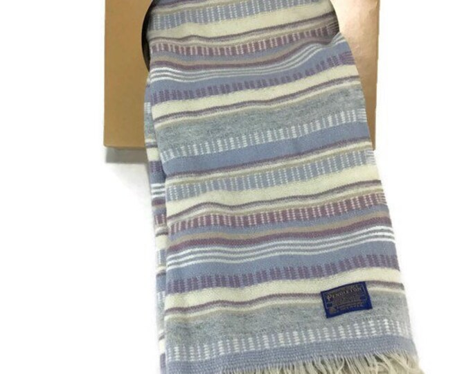 Pendleton Woolen Mills Throw * Classic Plaid Wool Robe * Stadium Blanket