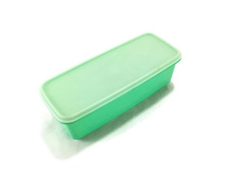 Vintage Tupperware Jadeite Green Storage Container with Lid * Celery Keeper * Marinade * Crisper