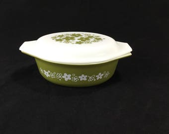 Vintage Pyrex 1 1/2 Quart Covered Oval Casserole Dish * #043 Spring Blossom * Green Crazy Daisy