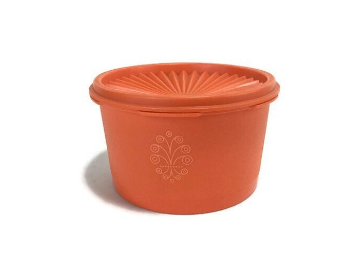 Vintage Tupperware Servalier Storage Container #1298  * Orange