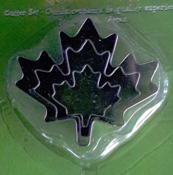 """3 piece maple leaf cookie cutter set with sizes from 7/8"""" to 1-3/4"""" tall"""