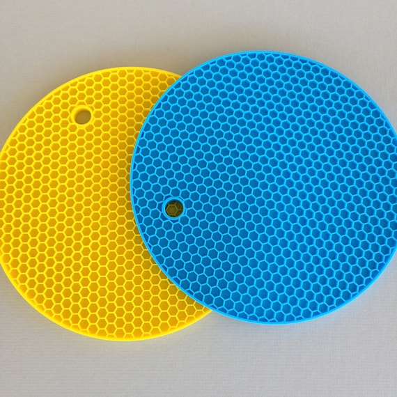 Silicone Resin Drip Mat,  for use with resin perfect for resin on polymer clay and more