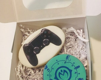 One Dozen Of Video Game Playstation 4 Controller And A JOJO Bizarre Adventures Birthday 2 Cookies Party Favors