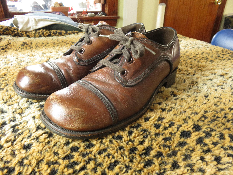 1960s – 70s Men's Ties | Skinny Ties, Slim Ties 70S Brown Leather Oxfords Size 8.5 1.5 Heel Cap Toe Lace Up Tie Mens Platform Shoes 1970S 60S 1960S $0.00 AT vintagedancer.com
