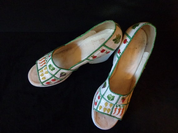1970's Vegetable Platform Open Toed Shoes Made In