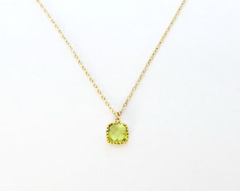Peridot Bridesmaid Necklace, Dainty Necklace, Bridesmaid Gift, Small Necklace, August Birthstone Necklace, Bridesmaid Jewelry