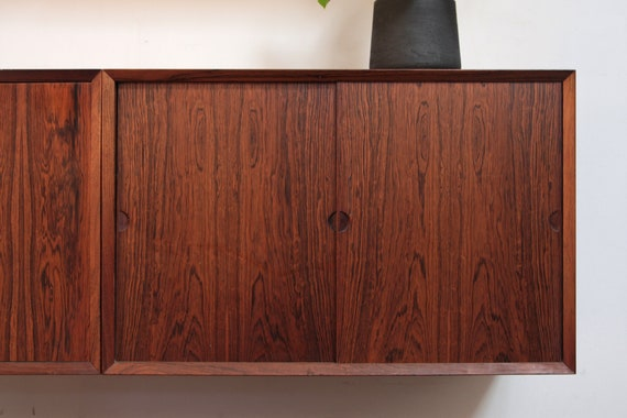 La Credenza Vertaling : Poul cadovius rosewood floating credenza cabinet denmark etsy