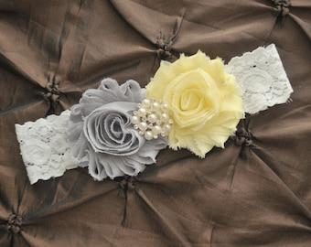 Wedding Garter Belt, Bridal Garter - White Lace Garter, Keepsake Garter, Light Yellow Wedding Garter, You Pick Colors, Yellow Garter Belt