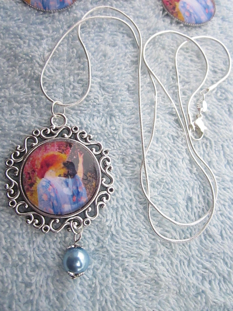 2 choices! Geisha printed image under glass round dome cabochon pendant w matched earrings fx Pearl /& 925 chain w
