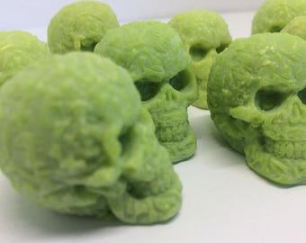 Skull Wax Melts x 10 Green - Soy Wax - Halloween Candle, Skull Candle, Sugar Skull, Gothic Candle, Creepy Candle, Horror Candle