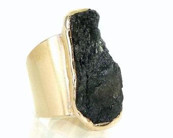 Tourmaline Ring, Raw Tourmaline ring, Black Tourmaline Ring, Natural Stone Ring, Raw Crystal Ring, Black Gemstone Ring,Gold Adjustable Ring.