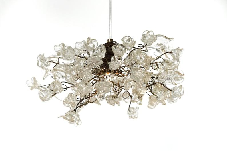 Plafoniere Per Casa Al Mare : Lampada a sospensione con fiori chiari krystal plafoniere per etsy