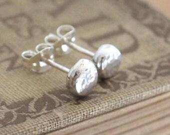 Silver studs, stud earrings, hammered silver stud earrings, single or pair, 3, 5 or 7mm diameter, unisex stud earring, Argentium,handmade UK