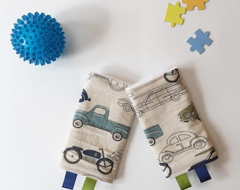 Retro Ride Drool Pads Duck Cloth // Lillebaby Beco Tula and more // fits most carrier straps //