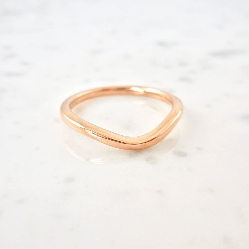Curved 14 karat gold Wedding ring band Delicate Gold Band