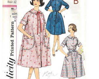 """A Below-Knee Length, Front Button, Short or 3/4 Sleeve A-Line Robe Pattern for Women: Uncut - Retro Size 12, Bust 32"""" • Simplicity 3712"""