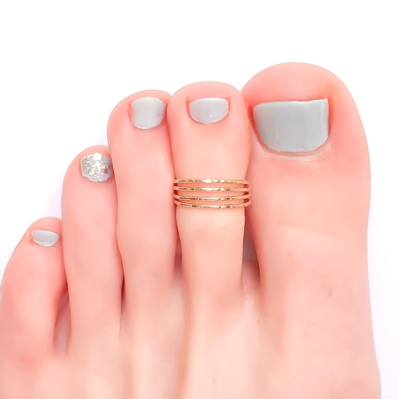 Gold Toe Ring Hammered Toe Ring Gold Filled Toe Ring Gold image 0
