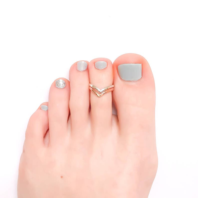 Chevron Toe Ring Rose Gold Filled Toe Ring Sterling Silver image 0