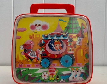 REDUCED Tomy Music Box Wind up Toy Princess Carriage Castle Fairytale