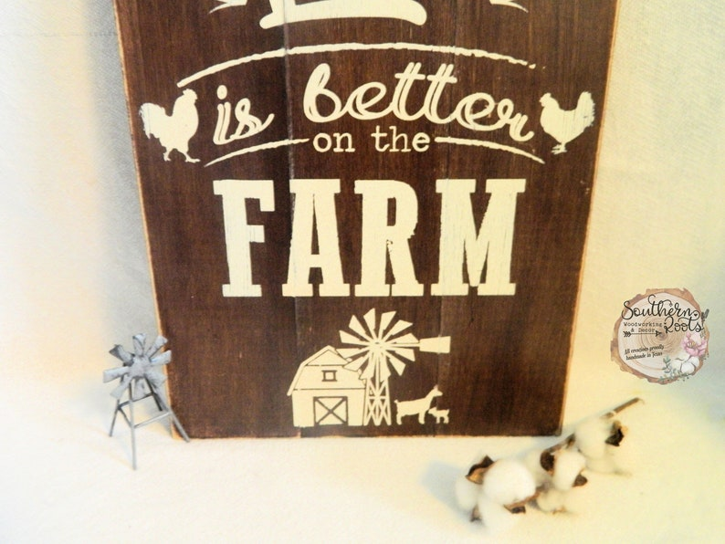 Rustic Shiplap Style Life Is Better on the Farm Sign Goat Chicken Farmhouse Pallet Style Distressed Farmhouse Home Decor Wall Hanging