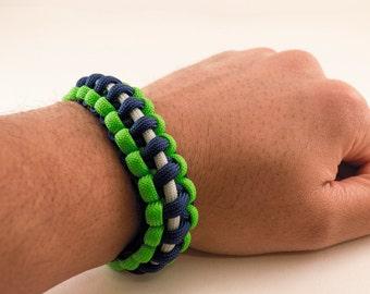 Seahawks Paracord Bracelet- Mens Bracelet- Womens Bracelet- Jewlery- Survival Bracelet- Fashion Accessories