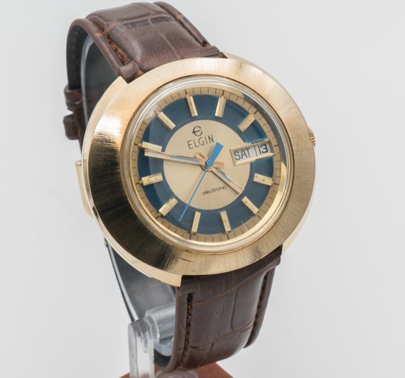 Elgin Swissonic Calendar Watch