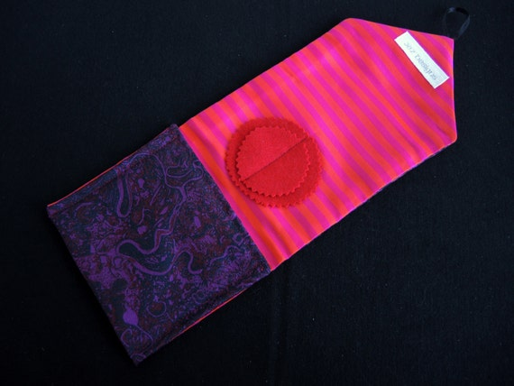 Kit de couture voyage magenta rivières rivières magenta grand luxe en soie-kit complet de Sudbury type tissu de bonne qualité contenu unique prêt à expédier 46de0b