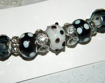 8a65297303e91 Charm beads | Etsy