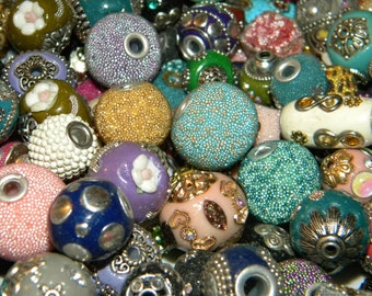 NEW 20pc PurplesLavender Mixed Jesse James beads Loose bead assorted different sizes /& shapes
