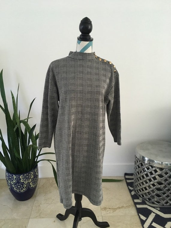 Vintage 60s Mod Houndstooth Black and White Shift