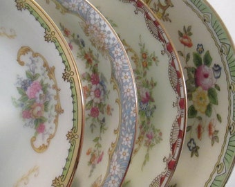 Vintage Shabby Mismatched China Dessert Bowls, Fruit Bowls, Berry Bowls. Farmhouse, Rustic, Tea Party,Shabby Cottage Chic,Wedding - Set of 4