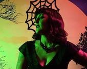 Felt Spider Web Fascinato...
