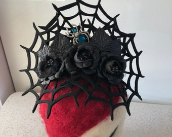 Spider web tiara with black roses and crystal spider