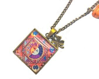 Glass cabochon necklace