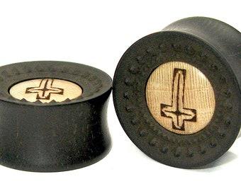 Saint Catherine Plug/Plugs Ebony & Holly Wood