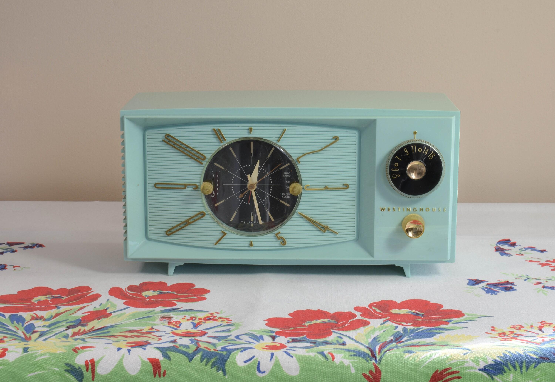 Mid-Century Westinghouse AM Tube Type Clock Radio Mod. H-671T5 | Etsy