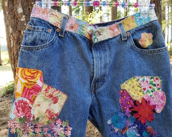 Upcycled jeans / Patched Denim / Boho Jeans / Junk Gypsy / Patched 505 Levi's /