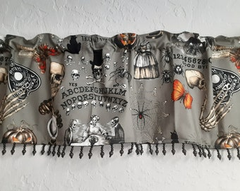 Gray skulls Valance with black lace trim