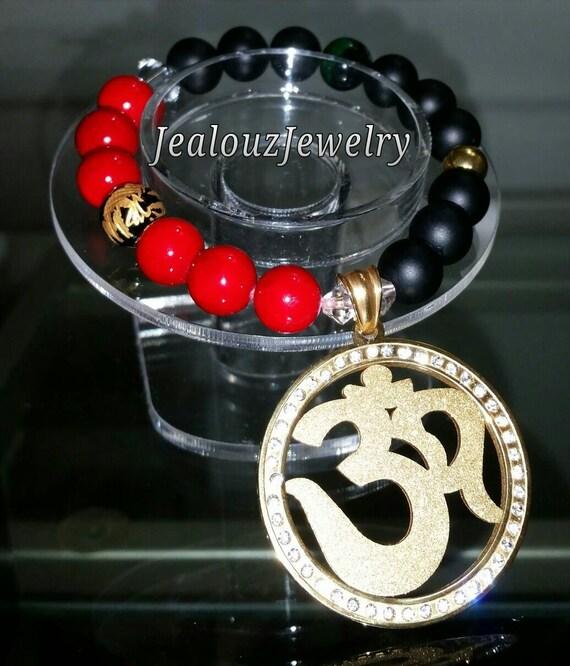 Gold Stainless Steel Om Medallion Medal Red Riverstone Matte Black Emerald Green Tiger Eye Gemstone Beaded Stretch Charm Bracelet
